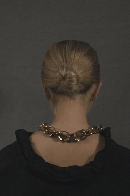 Maxi loop necklace